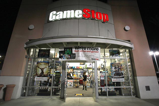 Gamestop to Close 120 Stores, New Focus is on Mobile