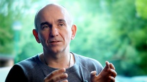 "Peter Molyneux: Kinect on Xbox One ""Feels More and More Like a Joke"""