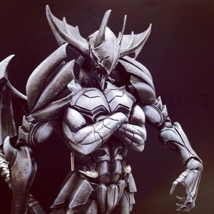 Tetsuya Nomura's Monster Hunter 4 Ultimate Armor is So Manly, it Has Four Arms