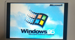 Someone Got Windows 95 to Run on a New Nintendo 3DS